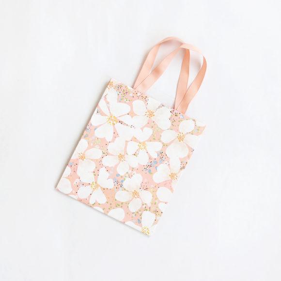 dárková taška třešňové květy