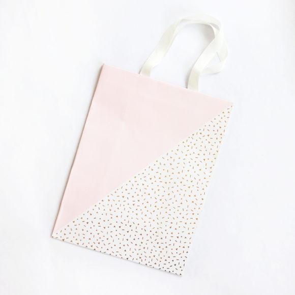 dárková taška bílo růžová